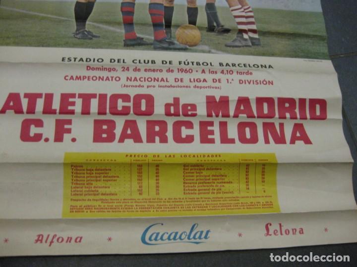 Coleccionismo deportivo: cartel campeonato nacional liga 1960 atletico de madrid futbol club barcelona cacaolat barça - Foto 3 - 202962351