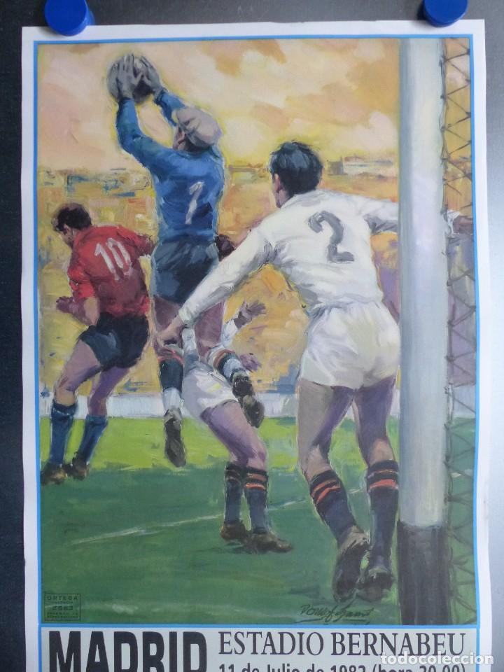 Coleccionismo deportivo: AÑO 1982 - CARTEL FINAL MUNDIAL ESPAÑA 82 - ITALIA - ALEMANIA - ESTADIO SANTIAGO BERNABEU DE MADRID - Foto 2 - 178570341