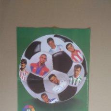 Coleccionismo deportivo: PÓSTER CRACKS LIGA 96-97 CHICLES VIDAL: RONALDO, KIKO, RIVALDO, ALFONSO, KARPIN, MIJATOVIC, GUERRERO. Lote 175886077