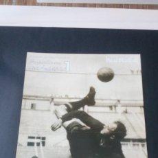 Coleccionismo deportivo: PÓSTER DI STEFANO REAL MADRID CLUB DE FÚTBOL LIGA LEYENDA. Lote 176122922