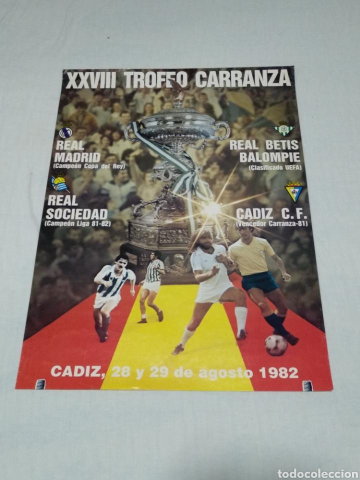CARTEL XXVIII TROFEO CARRANZA CADIZ C.F. 1982 (Coleccionismo Deportivo - Carteles de Fútbol)