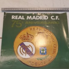 Coleccionismo deportivo: CARTEL REAL MADRID 75 ANIVERSARIO ATL. MADRID, REAL MADRID. Lote 178227123