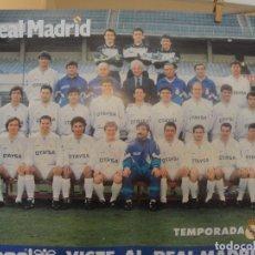 Coleccionismo deportivo: POSTER REAL MADRID 1990 1991 / HUMMEL OTAYSA - LOPETEGUI - BUTRAGUEÑO - HAGI - BUYO - ENVIO GRATIS. Lote 180478156