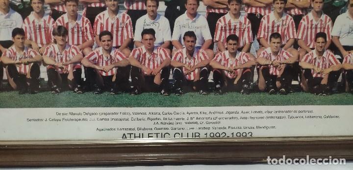 Coleccionismo deportivo: ATHLETIC DE BILBAO Gran poster enmarcado temporada 1992-93 firmas impresas - Foto 2 - 180945956