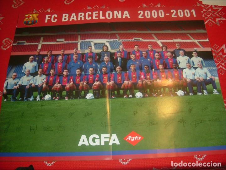 (LLL)-POSTER BUEN PAPEL SATINADO(42 X 53) PLANTILLA F.C.BARCELONA TEMP. 2000-01-FIRMAS IMPRESAS (Coleccionismo Deportivo - Carteles de Fútbol)