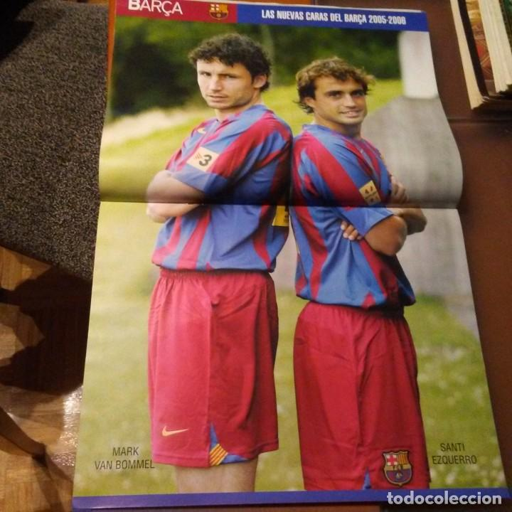 Coleccionismo deportivo: REVISTA OFICIAL FC BARCELONA CON PÓSTER N°16. AÑO 2005 - Foto 2 - 192887356
