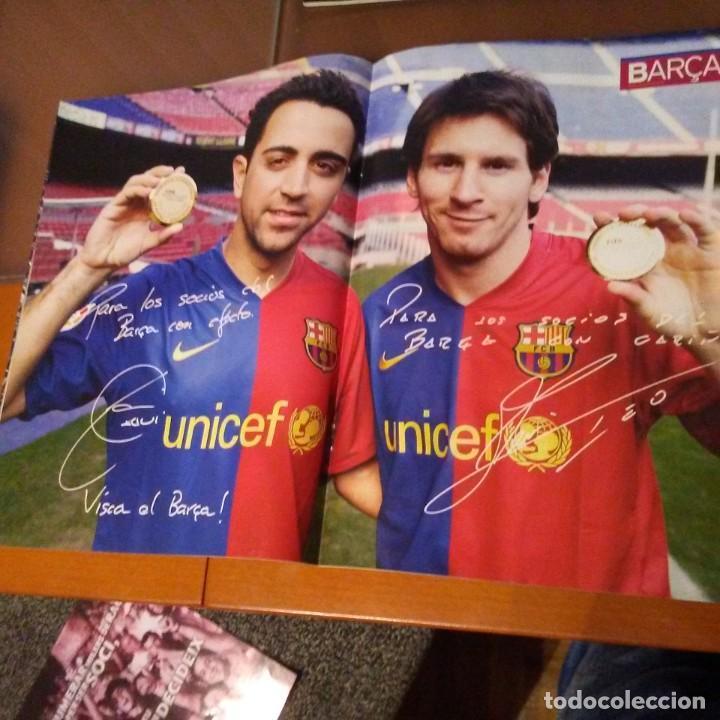 Coleccionismo deportivo: REVISTA OFICIAL FC BARCELONA CON PÓSTER N°37. AÑO 2009 - Foto 2 - 192889408