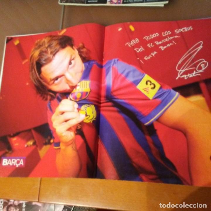 Coleccionismo deportivo: REVISTA OFICIAL FC BARCELONA CON PÓSTER N°40. AÑO 2009 - Foto 2 - 192891411