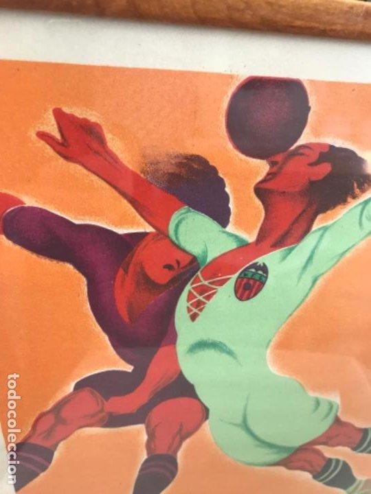 Coleccionismo deportivo: Partido fútbol Valencia CF Real Madrid. Cartel original de 1931. Litografía Ortega. Auténtico. - Foto 4 - 194206272