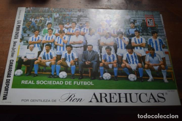 REAL SOCIEDAD DE FUTBOL, CORTESIA DE LA PROVINCIA Y RON AREHUCAS, 1986 (Coleccionismo Deportivo - Carteles de Fútbol)