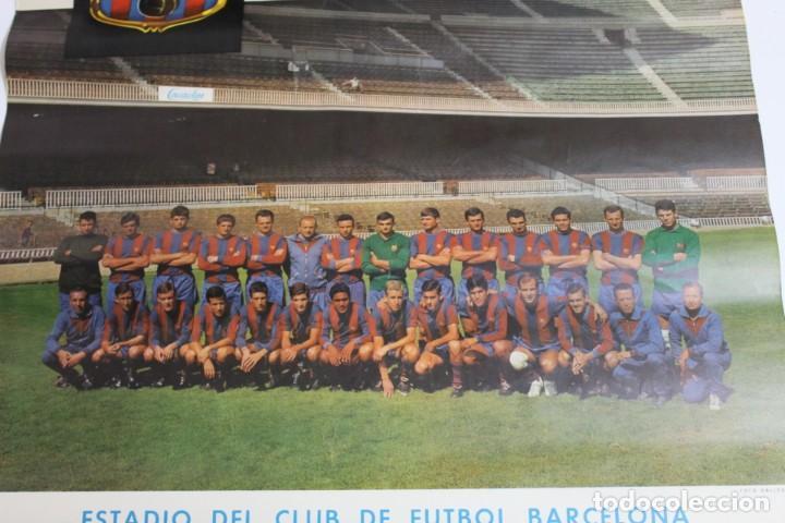 Coleccionismo deportivo: CARTEL CACAOLAT AÑO 1966 - C.F. BARCELONA - F.C.DUNDEE - COPA DE FERIAS - ORIGINAL - Foto 2 - 194385742