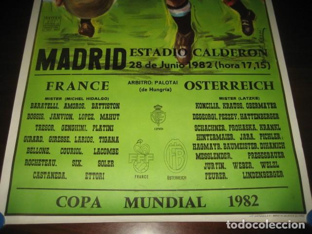 Coleccionismo deportivo: CARTEL POSTER FUTBOL MUNDIAL ESPAÑA 1982. ESTADIO V. CALDERON, MADRID. FRANCIA - AUSTRIA - Foto 3 - 200026386
