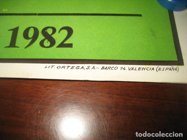 Coleccionismo deportivo: CARTEL POSTER FUTBOL MUNDIAL ESPAÑA 1982. ESTADIO V. CALDERON, MADRID. FRANCIA - AUSTRIA - Foto 8 - 200026386