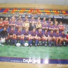 Coleccionismo deportivo: FC BARCELONA CARTEL POSTER PLANTILLA TEMPORADA 1984 84 85 63 X 43 CMS APROX. Lote 201849182