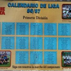 Coleccionismo deportivo: PÓSTER CALENDARIO DE LIGA 86/87. Lote 209809852