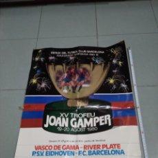 Coleccionismo deportivo: CARTEL ANUNCIADOR TROFEO JOAN GAMPER 1980. F.C. BARCELONA. Lote 213914937