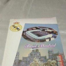 Coleccionismo deportivo: REAL MADRID POSTER BOOK. Lote 215579267