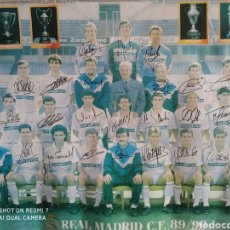 Coleccionismo deportivo: PÓSTER REAL MADRID C.F TEMPORADA 89/90 CON FIRMAS ORIGINALES. Lote 222234407