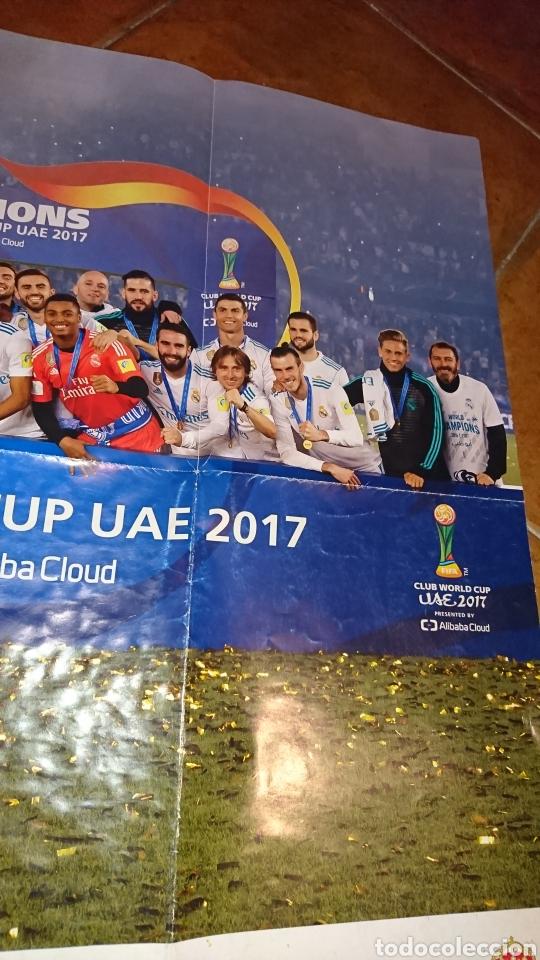 Coleccionismo deportivo: Super póster de 835x59cm,y revistade fútbol real Madrid, campeones mundial de clubes 2017 - Foto 2 - 222380552