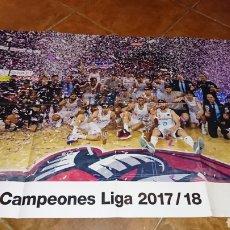 Coleccionismo deportivo: SUPER POSTER DE 83'5X59CM Y REVISTA,DE FÚTBOL REAL MADRID, CAMPEONES LIGA 2017/18. Lote 222381368