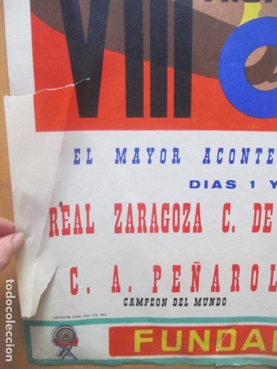 Coleccionismo deportivo: CARTEL FUTBOL VIII TROFEO RAMON DE CARRANZA CADIZ INTER ZARAGOZA BARCELONA PEÑAROL ANAYA 1962 - Foto 5 - 225001820
