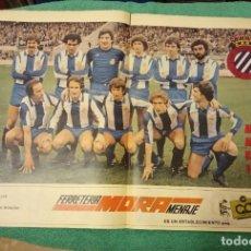 Coleccionismo deportivo: -POSTER DE FUTBOL DEL ESPAÑOL DE BARCELONA 1980-1981 FERRETERIA MORA. Lote 226154078