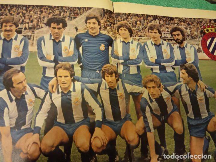 Coleccionismo deportivo: -POSTER DE FUTBOL DEL ESPAÑOL DE BARCELONA 1980-1981 FERRETERIA MORA - Foto 4 - 226154078