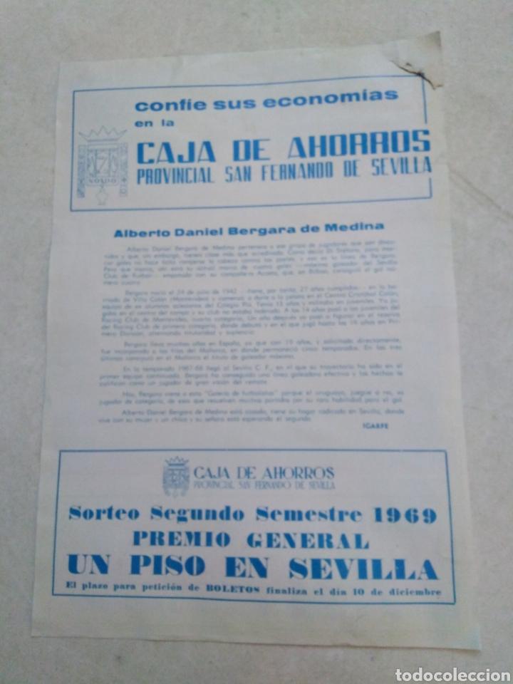 Coleccionismo deportivo: Bergara del sevilla C.F, cartel ( 32.50 X 22.50 ) - Foto 2 - 230932085