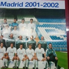 Colecionismo desportivo: CARTEL POSTER PLANTILLA REAL MADRID TEMPORADA 2001 2002 CAMPEON CHAMPIONS LEAGUE. Lote 238635830