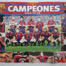 Coleccionismo deportivo: CARTEL FUTBOL CLUB BARCELONA BARÇA CAMPEONES LIGA 1997 1998 RV. Lote 244987765