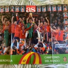 Coleccionismo deportivo: CARTEL POSTER DIARIO AS SELECCION ESPAÑOLA ESPAÑA MUNDIAL FÚTBOL SUDÁFRICA CAMPEONES. Lote 262430765