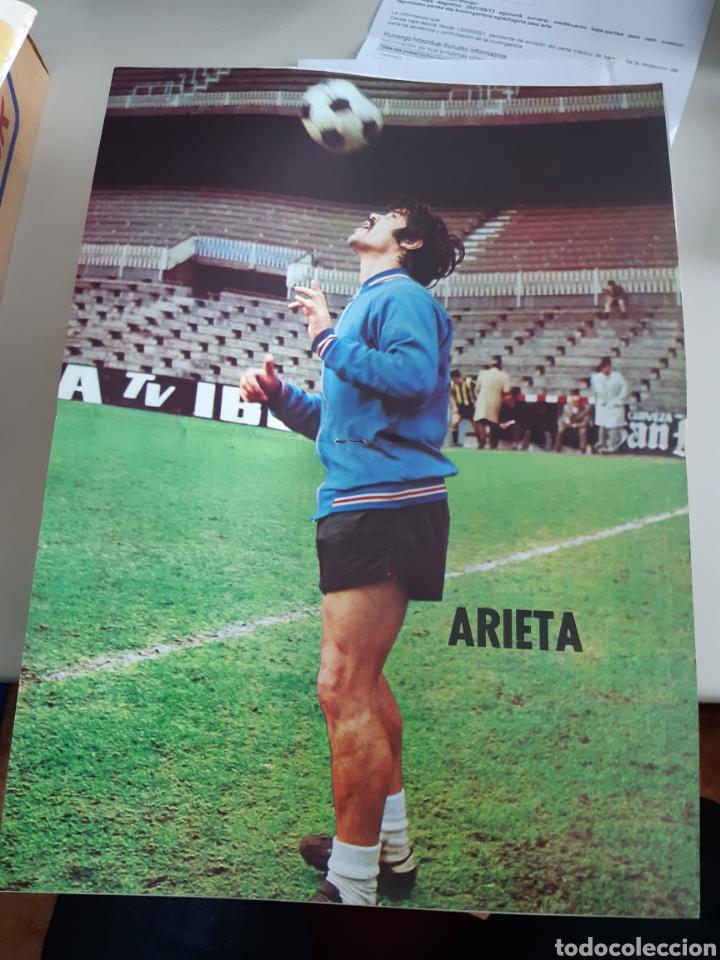 Coleccionismo deportivo: Lote de 20 poster Athletic Club de Bilbao 1973-1974 Iribar Rojo - Foto 2 - 262905350