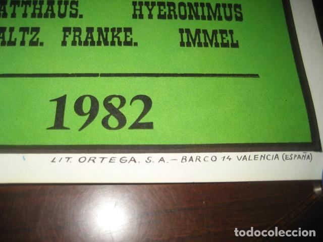 Coleccionismo deportivo: POSTER CARTEL FUTBOL MUNDIAL ESPAÑA 1982. ESTADIO SANCHEZ PIZJUAN, SEVILLA. FRANCIA - ALEMANIA - Foto 9 - 246728330