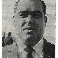 Coleccionismo deportivo: ELCHE CF: RECORTE DEL PRESIDENTE MANUEL MARTÍNEZ VALERO. 1966. Lote 288104943