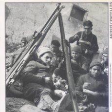 Carteles Guerra Civil: AGUSTÍ CENTELLES - FRONT D' ARAGO, SOLDATS REPUBLICANS - GUERRA CIVIL - SÁPIENS. Lote 89692196