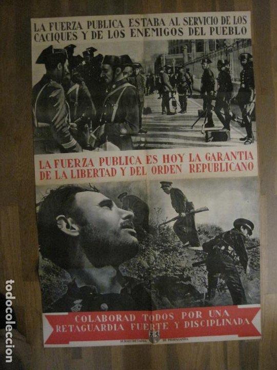 CARTEL GUERRA CIVIL ORIGINAL-GUARDIA CIVIL-FOTOMONTAJE FOTOGRAFIAS-VER FOTOS-(V-18.351) (Coleccionismo - Carteles Gran Formato - Carteles Guerra Civil)