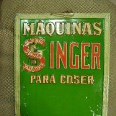 Plakate - CHAPA PUBLICITARIA EN RELIEVE DE MAQUINAS SINGER PARA COSER. - 37955641