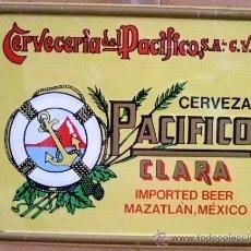 Carteles: CHAPA PUBLICITARIA DE CERVEZA PACIFICO CLARA CHAPA TROQUELADA DE 28X21 VER DETALLES. Lote 27752412