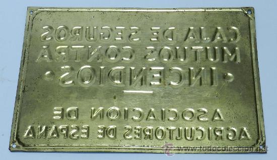Carteles: Antigua Placa o Chapa de lata ASEGURADO EN LA CAJA DE SEGUROS MUTUOS CONTRA INCENDIOS, FILIAL DE - Foto 2 - 37327588