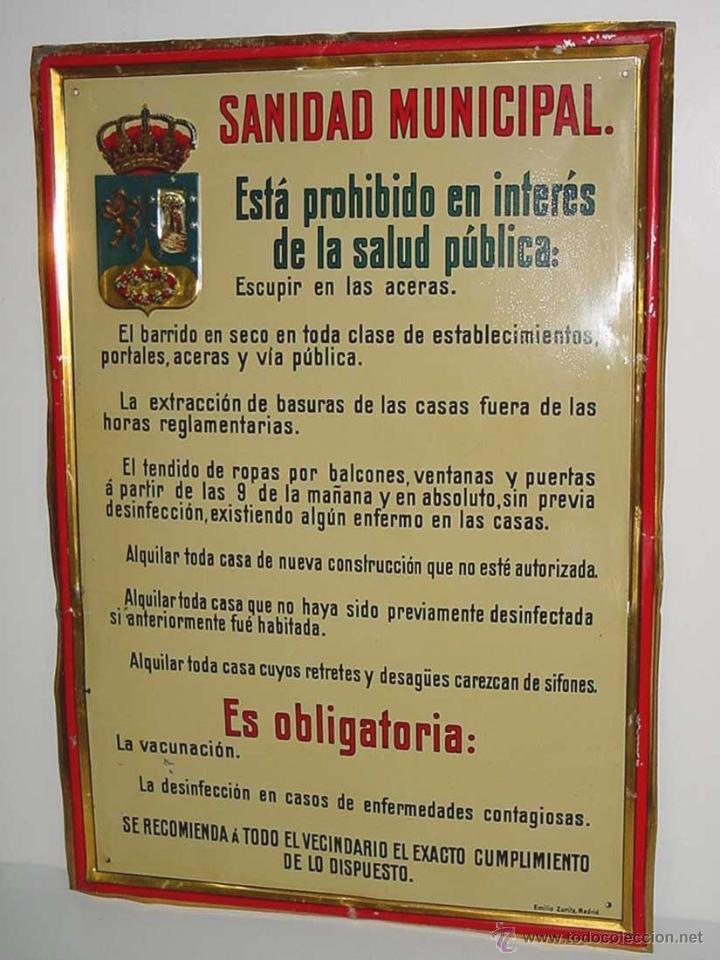 ANTIGUA CHAPA DE HOJALATA LITOGRAFIADA AÑOS 20 APRX. - SANIDAD MUNICIPAL DEL AYUNTAMIENTO DE MADRID (Coleccionismo - Carteles y Chapas Esmaltadas y Litografiadas)