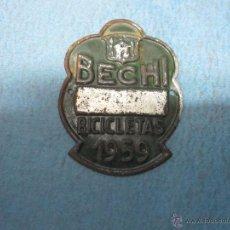 Carteles: CHAPA PLACA ANTIGUA BICICLETA AYUNTAMIENTO DE BECHI AÑO 1959. Lote 52328156