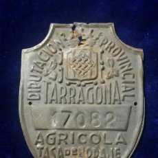 Carteles: ANTIGUA PLACA MATRICULA AGRICOLA, DE CARRO TARRAGONA 1951. Lote 55862631