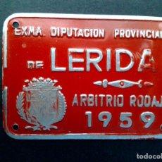 Carteles: CHAPA MATRICULA-ARBITRIO RODAJE,AÑO 1959 DE LERIDA (7CMS A 5CMS.). Lote 86657991