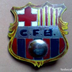 Carteles: CHAPA ESCUDO C.F.B.,FUTBOL CLUB BARCELONA (4,5 X 4,5CMS.). Lote 78361913