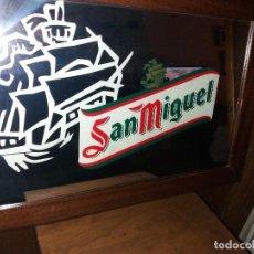 Carteles: CERVEZA SAN MIGUEL ESPEJO 54 X 38 . Lote 84899836