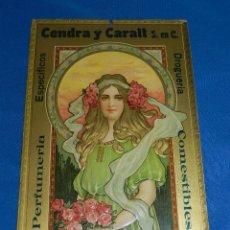 Carteles: (M) CARTON PUBLICITARIO - PERFUMERIA CENDRA Y CARALT , CARTON ANTIGUO EN RELIEVE , 35 X 22'5 CM. Lote 90506390