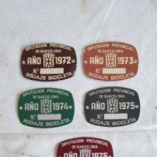 Carteles: CHAPA MATRICULA LOTE DE 5 MATRICULAS BICICLETA BARCELONA AÑO 1972 1973 1974 1975 1976. Lote 108005688
