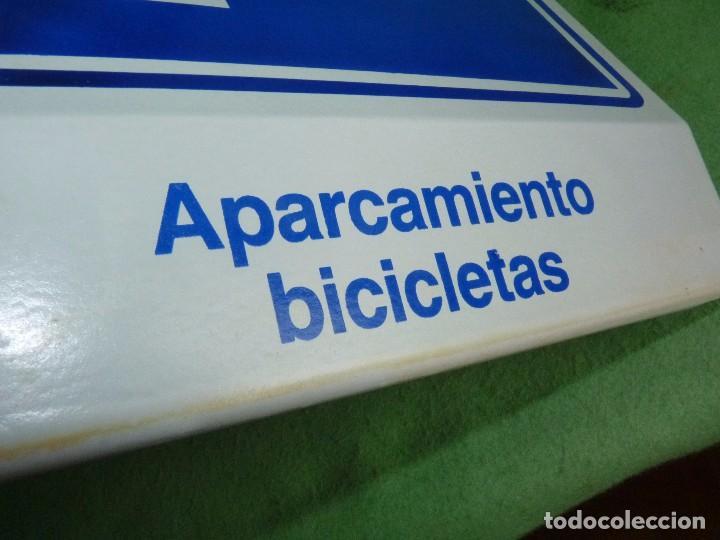 Carteles: Genial cartel APARCAMIENTO BICICLETA VIDRIO señal bici ciclismo VINTAGE fixie años 80 - Foto 9 - 93868435