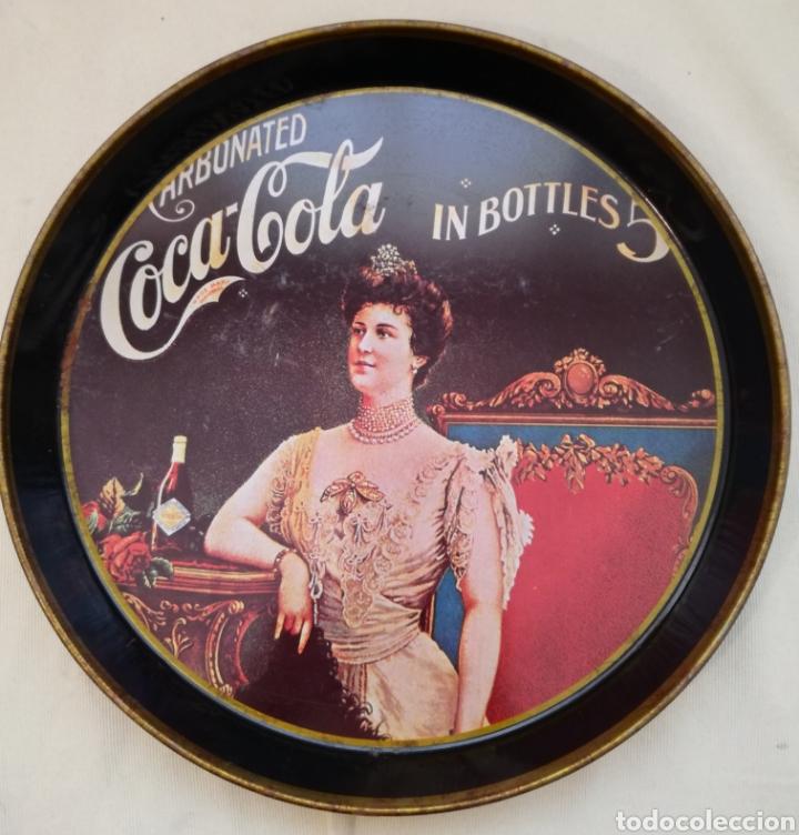 Carteles: Dos Antiguas Bandejas Chapa Coca-Cola y F.1 - Foto 2 - 94818278