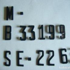 Carteles: LETRAS Y NUMEROS ANTIGUOS PARA MATRICULA VESPA LAMBRETTA SCOOTER MOTOCICLETAS COCHES. Lote 147312013
